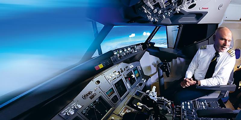 boulevard-hannover-airport-askthepilot-joerg-westphal-cockpit