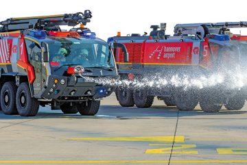 Feuerwehrfahrzeuge-Hannover-Airport