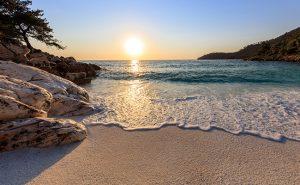 Thassos-Sonnenuntergang-Meer-Bucht