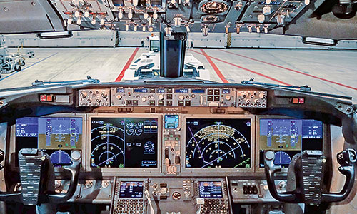 Boeing 737-Cockpit-Neue Generation-Airport-Hannover